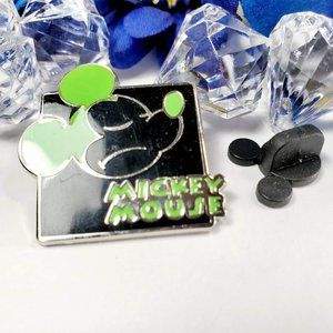 4/$25 Disney Green Expression Mickey Mouse Pin
